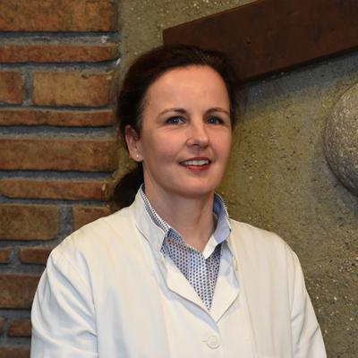 Δρ. Bettina Neureither